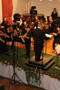 Tobias Rössler als Solist im Hornkonzert Nr. 3 von W. A. Mozart